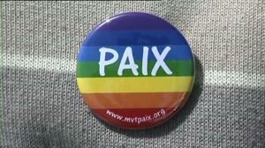 Le badge du Mouvement pour la Paix