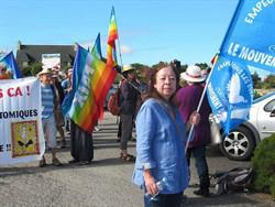 Une marche pour la paix à Plomodiern