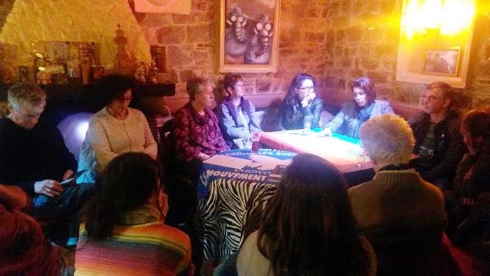 """Café citoyen """"Femmes debout pour la paix"""" à Guichen"""