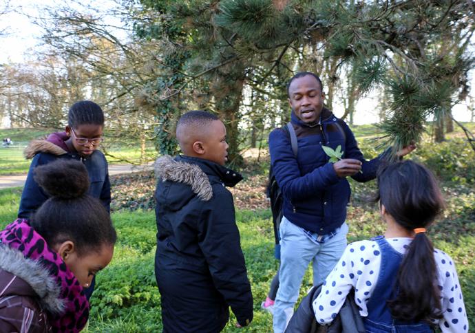 atelier dans la nature avec Babas Babakwansa