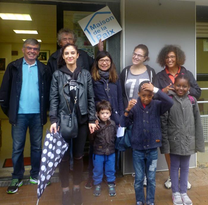depart pour Angers du Mouvement de la Paix