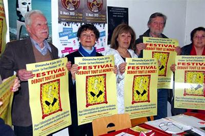 Les relais brestois du rassemblement Festival Debout tout le monde.