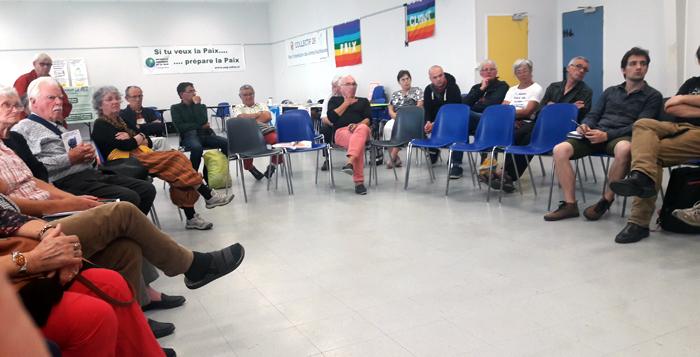 """participants au débat  """"Pour la paix un autre monde est possible"""""""