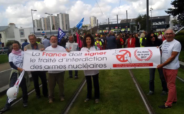 La France doit signer le traité d'interdiction des armes nucléaires