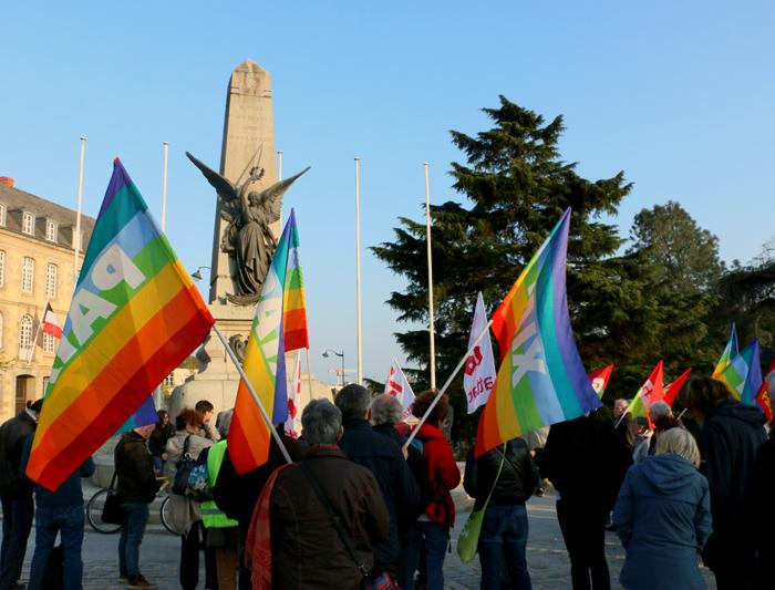 rassemblement devant la préfecture de région à Rennes